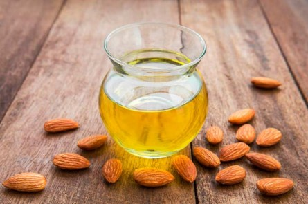 cosmetic-almond-oil